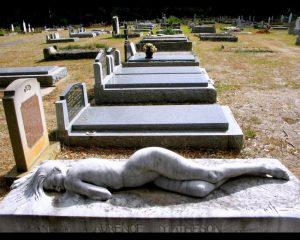 La cimitir
